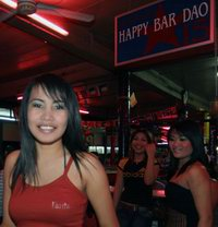 Happy Bar Dao and girl